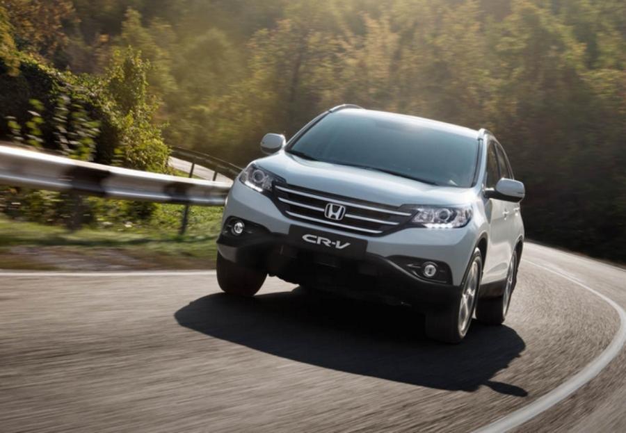Обновленный кроссовер Honda CR-V2,4 – работа над ошибками