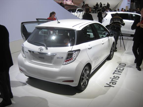 Обзор Toyota Yaris Trend 2013